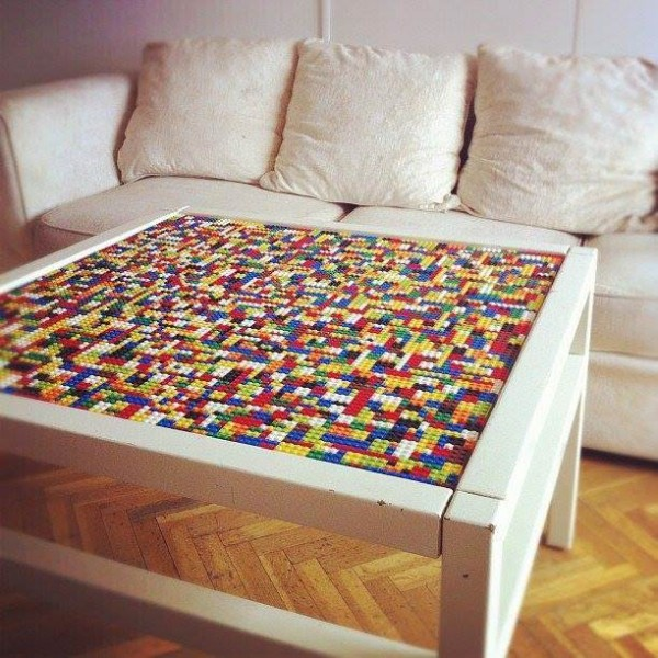cool crazy lego coffee tables cool crazy things. Black Bedroom Furniture Sets. Home Design Ideas