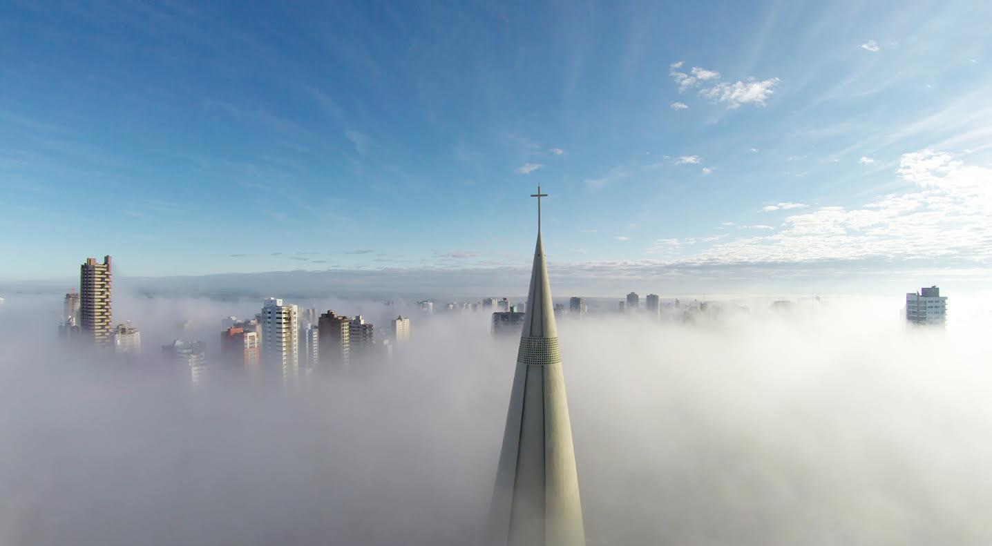 Mist in the sky